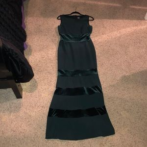 Vince Camuto Green Formal Dress